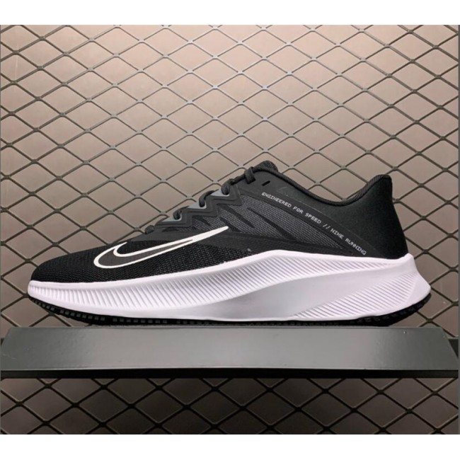 Mens/Womens Nike Quest 3 Black White Running Shoes