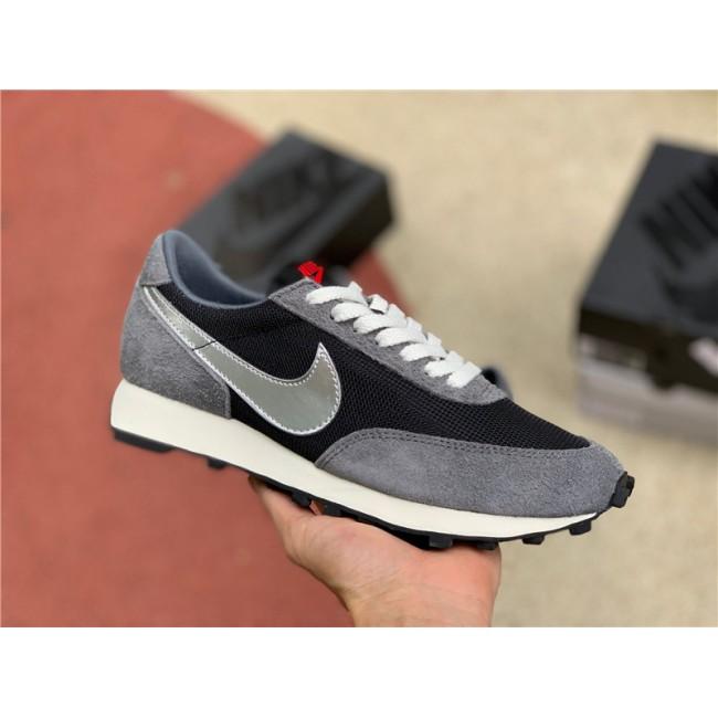 Mens Cheap Nike Daybreak SP Black-Metallic Silver