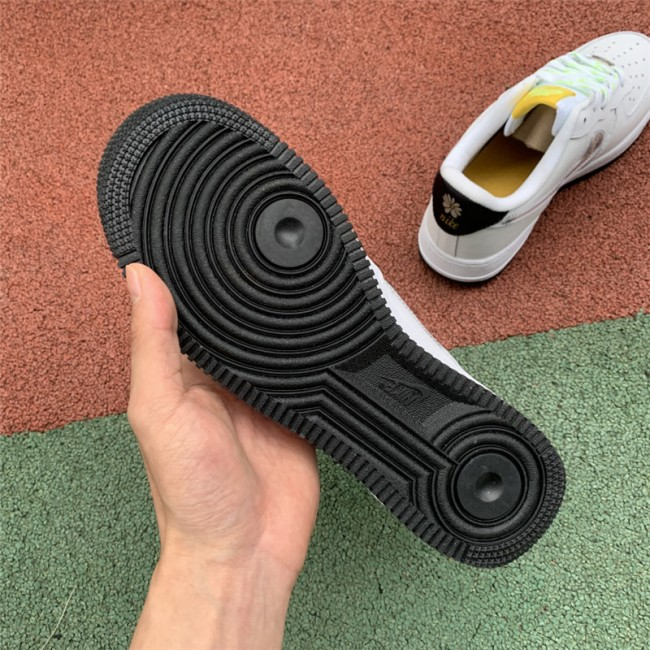 Mens/Womens Nike Air Force 1 Daisy Pack White Black CW5571-100