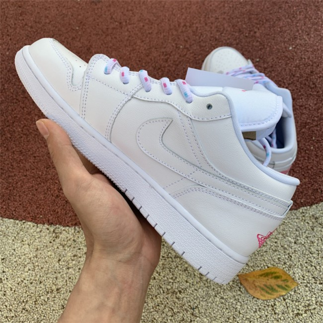 Womens Shoes Air Jordan 1 Low White/Pink-Blue