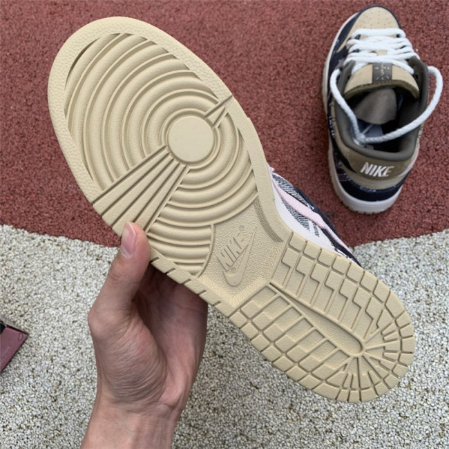 Mens/Womens Nike SB Dunk Low Travis Scott CT5053-001