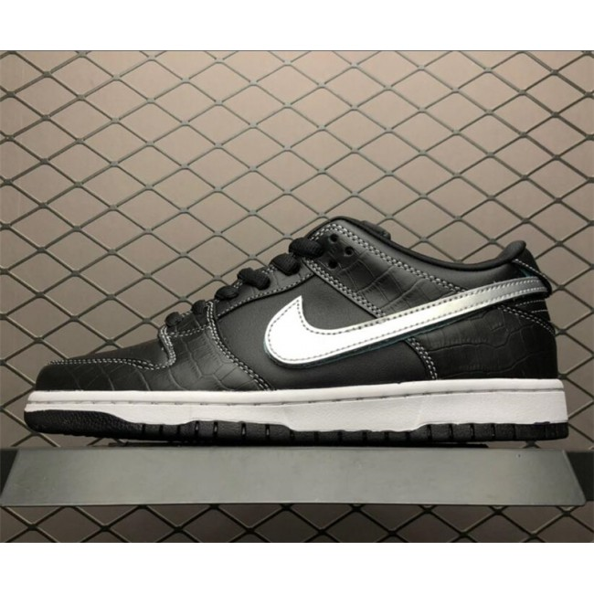 Mens/Womens Diamond Supply Co x Nike SB Dunk Low Black White