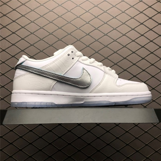 Mens/Womens Diamond Supply Co. x Nike SB Dunk Low White