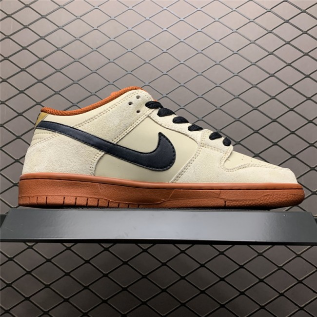 Mens/Womens Nike SB Dunk Low Muslin Sneaker BQ6817-100