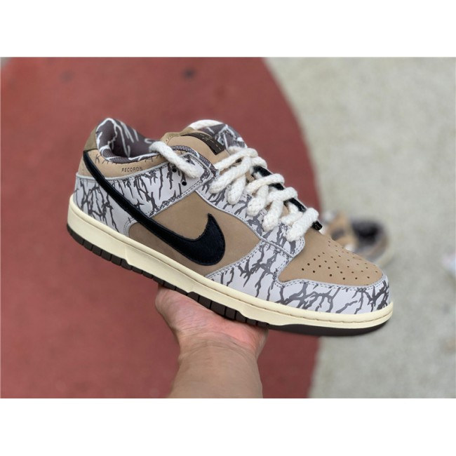 Mens Travis Scott x Nike SB Dunk Low White Black Brown